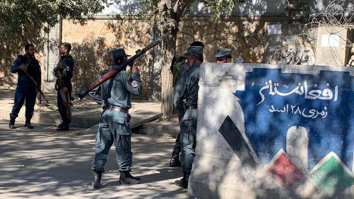 مقتل صحافي أفغاني بالرصاص في كمين لسيارة
