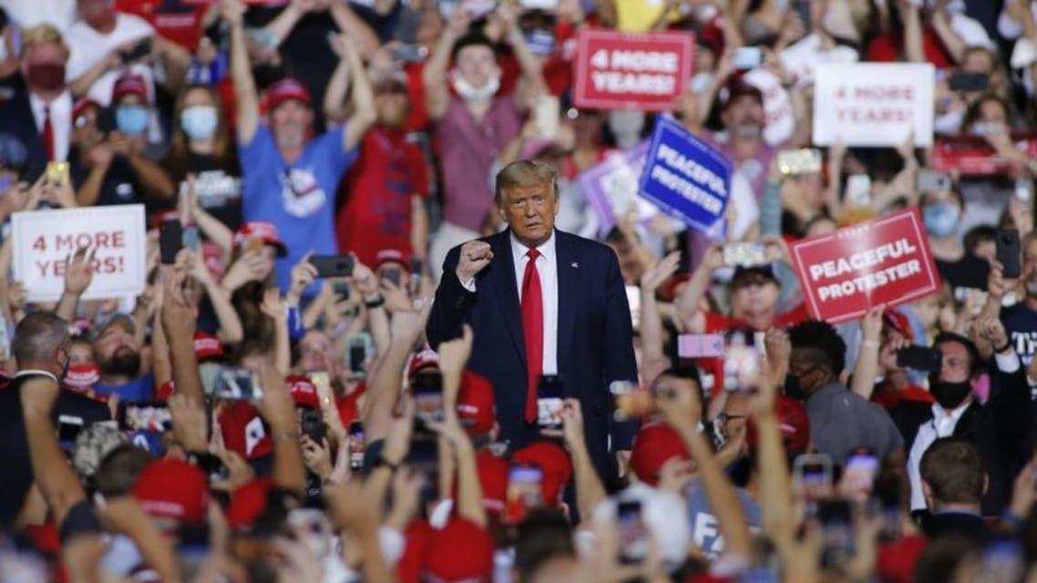 ترمب في تجمع انتخابي بولاية كارولينا الشمالية
