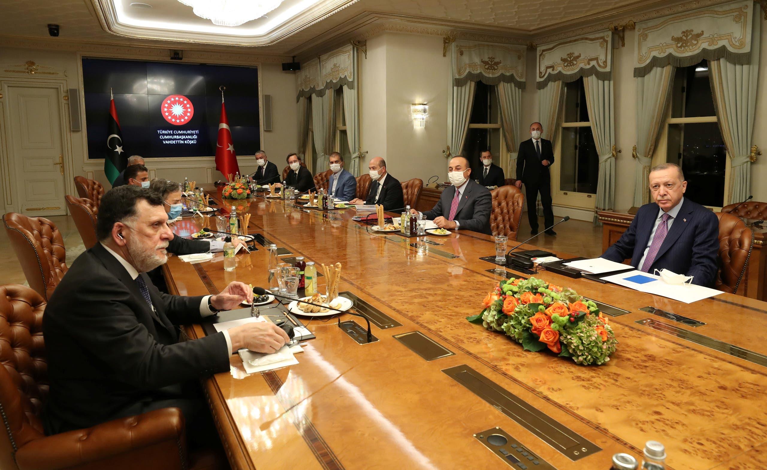 زيارة سابقة للسراج إلى تركيا في أكتوبر الماضي