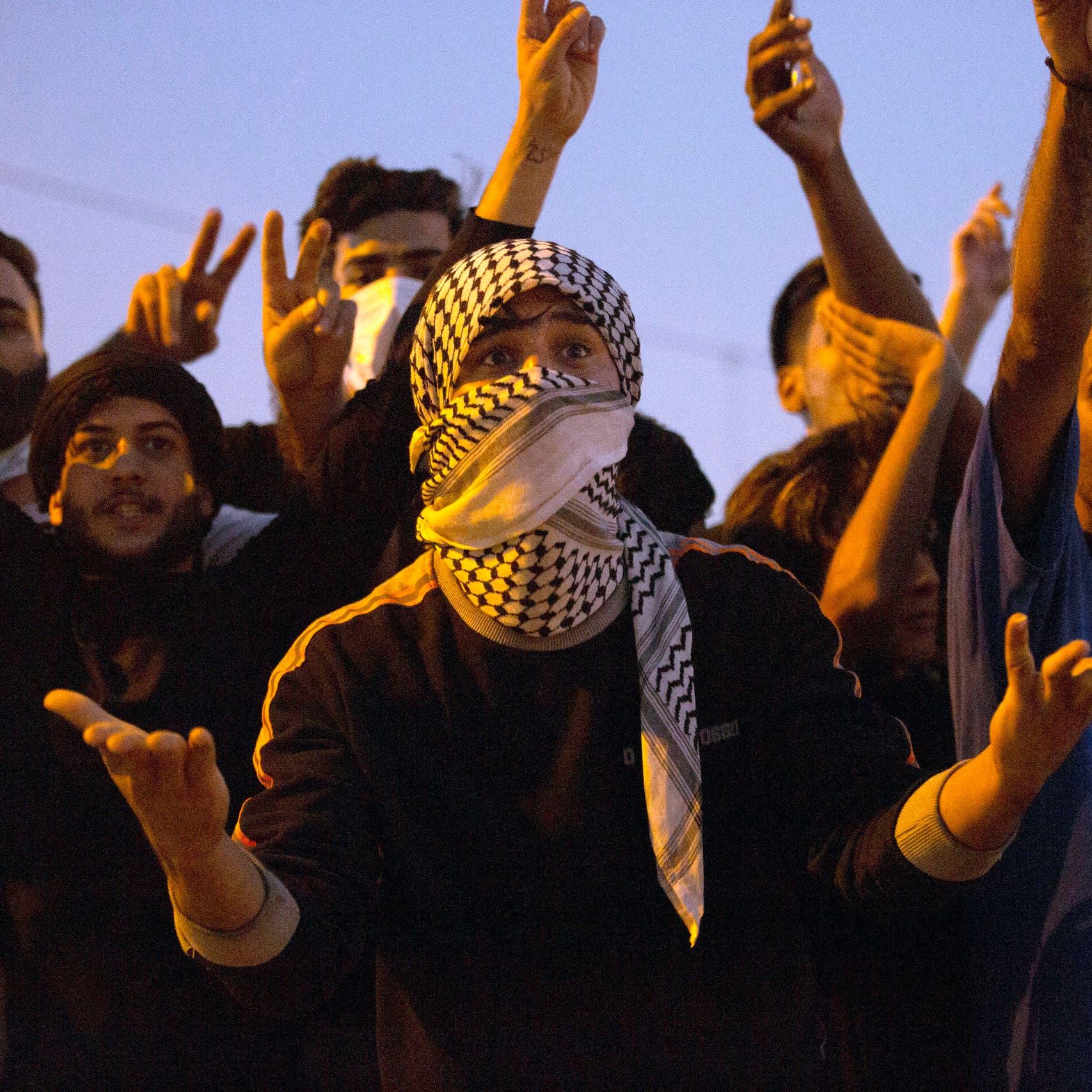 رئيس الوزراء العراقي: لن نتساهل مع إطلاق الرصاص على المتظاهرين