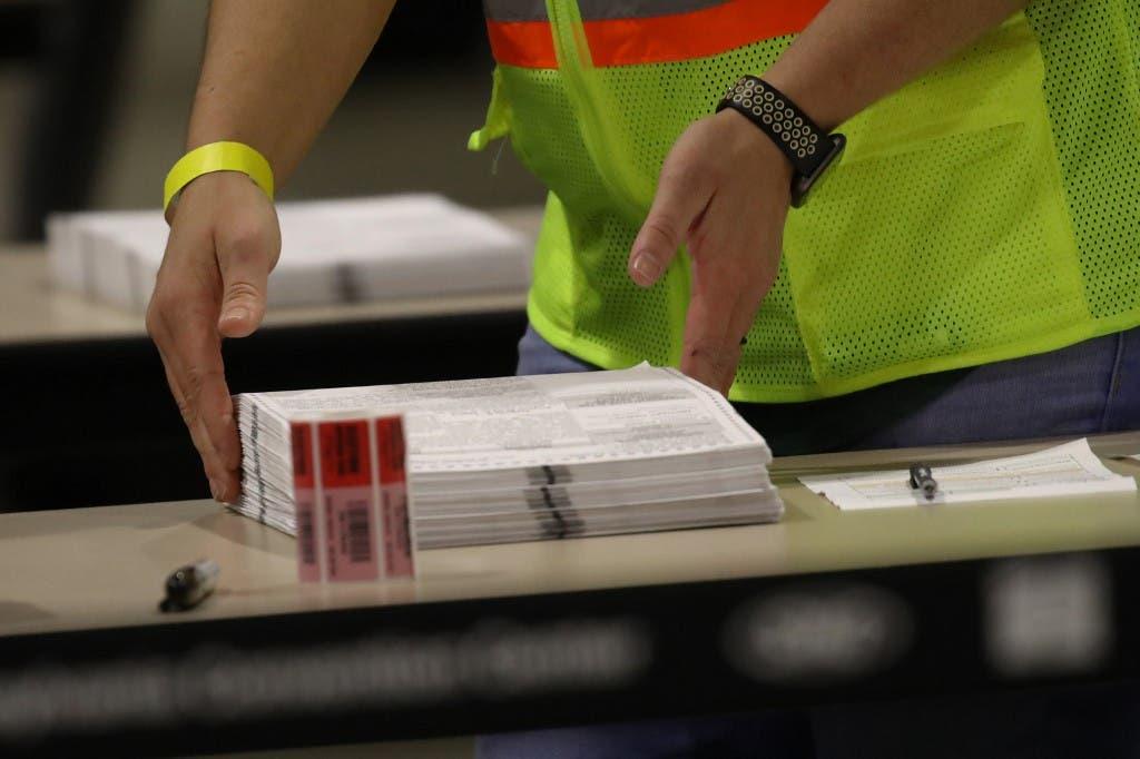 فرز الاصوات في الانتخابات الأميركية في بنسلفانيا - فرانس برس