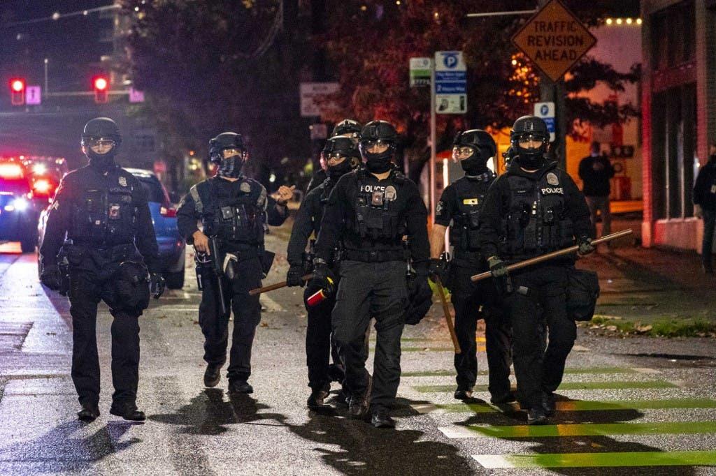 شرطة أميركية في سياتل بولاية واشنطن 4 نوفمبر 2020 - فرانس برس