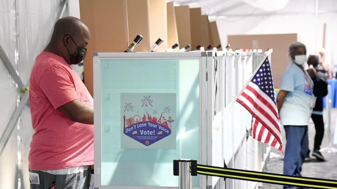 جانب من التصويت في الانتخابات الأميركية في نيفادا