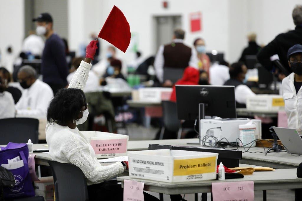 فرز الاصوات في الانتخابات الأميركية في ميتشيغن - فرانس برس