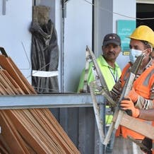 السعودية تطلق برنامج لضمان كفاءة العمالة المهنية