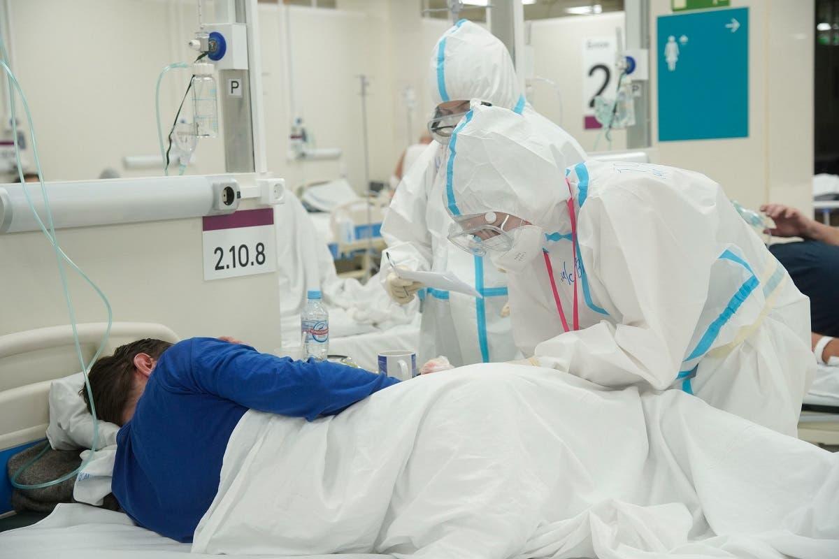مصاب بكورونا في احد مستشفيات موسكو