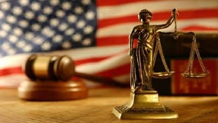 حملتا ترامب وبايدن تستعدان لمعركة قضائية للفصل بنتيجة الانتخابات