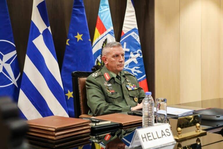 رئيس الأركان اليوناني خلال الاجتماع العسكري الأوروبي