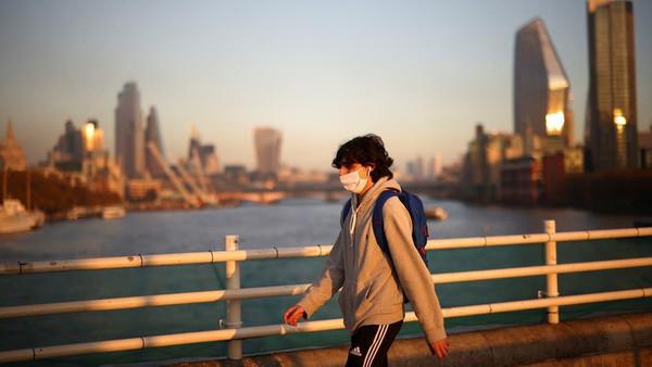 """کرونا وائرس کی """"شدّت"""" کا مقابلہ کرنے کے لیے یورپ مکمل لاک ڈاؤن کی طرف گامزن"""