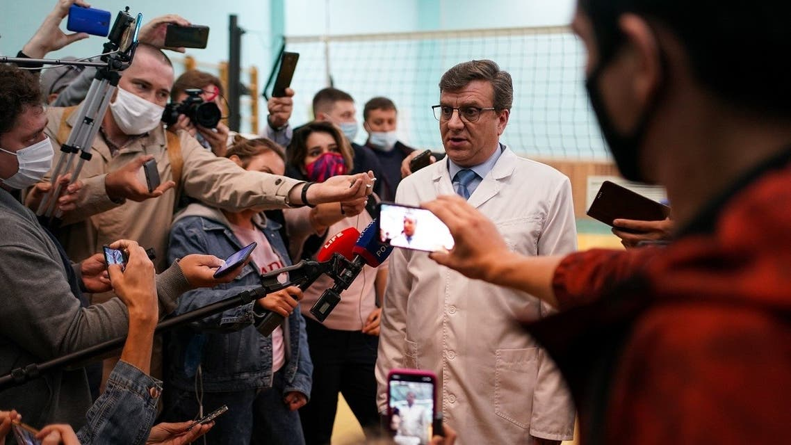Alexander Murakhovsky, chief doctor at Omsk Emergency Hospital No. 1 where Navalny was admitted, speaks to the media in Omsk on August 21, 2020. (Dimitar Dilkoff/AFP)