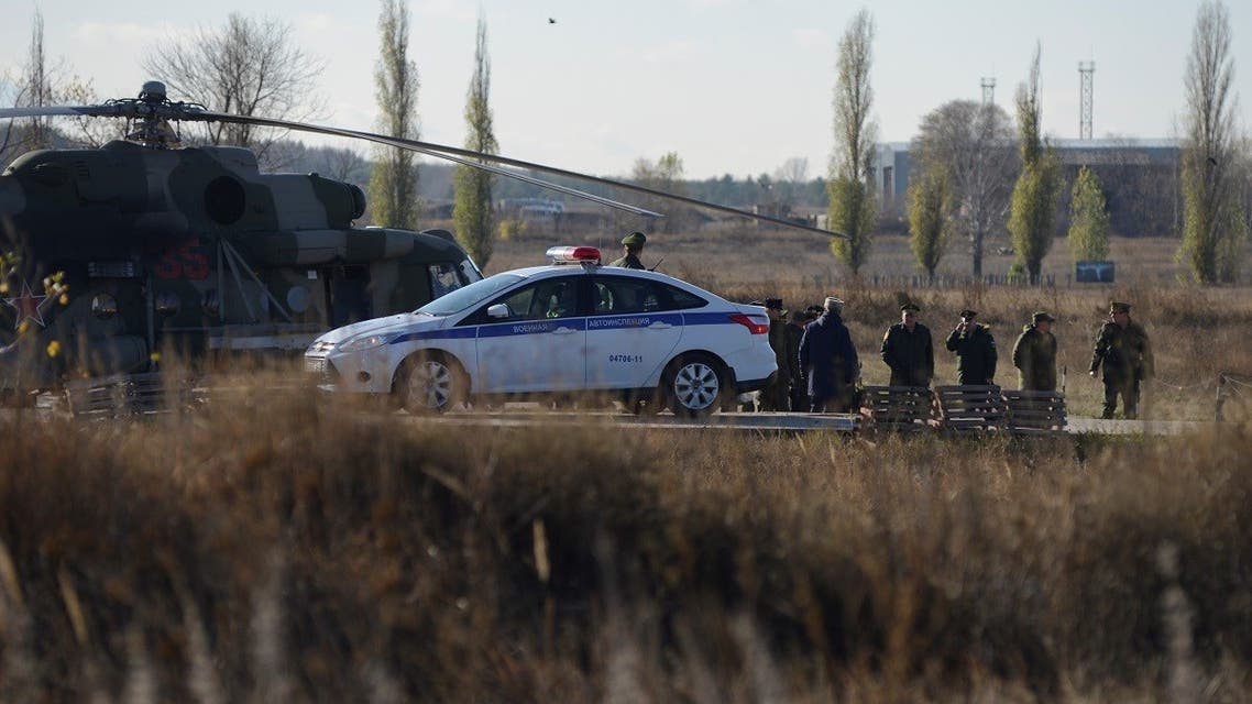 Russian military officials and investigators gather at a base after a conscript soldier killed fellow servicemen in Voronezh Region, Russia November 9, 2020. (Reuters/Vladimir Lavrov)