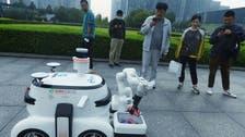 شاهد..روبوت يجمع القمامة ويفرزها ويحدد القابلة للتدوير