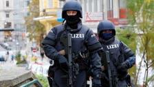 Woman with knife attacks Rabbi in Vienna, yells anti-Semitic threat