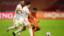 هولندا تواصل التعثر وتتعادل مع إسبانيا