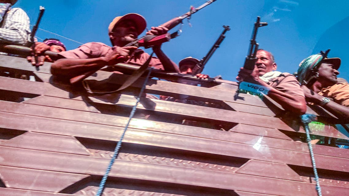 عناصر من ميليشيات الامهارة التي تقاتل إلى جانب الجيش الإثيوبي (أرشيفية- فرانس برس9
