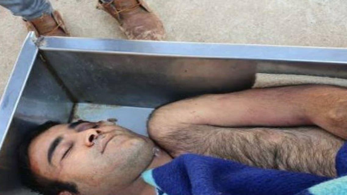 تعذيب معتقل بإيران