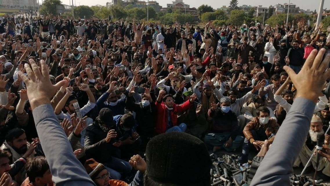 Activists and supporters of Tehreek-e-Labbaik Pakistan (TLP), a religious party, shout slogans during an anti-France demonstration in Islamabad on November 16, 2020. (AFP)