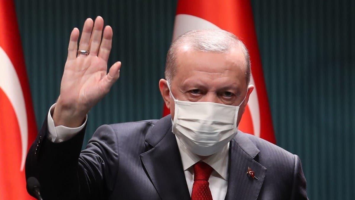 أردوغان يشعل موجة غضب.. بعد تصريحات عن محجبات المعارضة