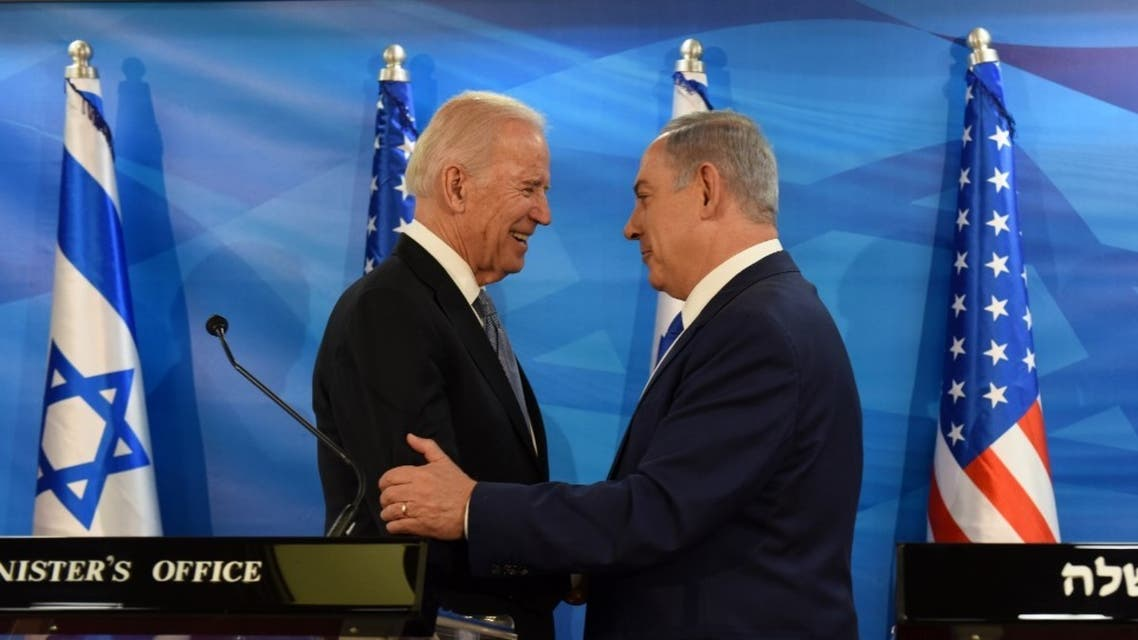 Joe Biden and Israeli Prime Minister Benjamin Netanyahu shake hands while giving joint statements at the prime minister's office in Jerusalem on March 9, 2016. (File photo: AFP)