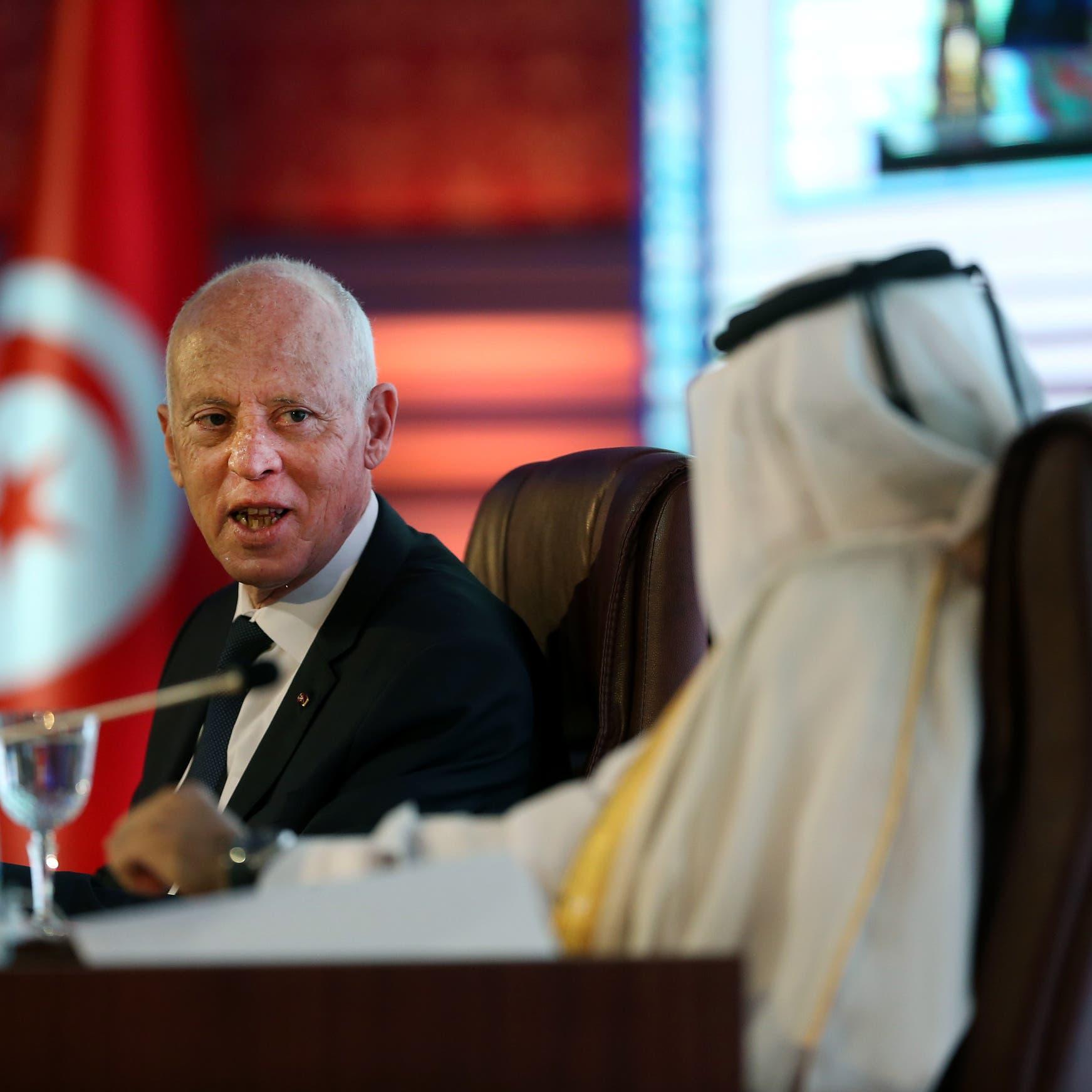 """انتقادات في تونس للوديعة القطرية.. """"لم تأتِ بحسن نية"""""""