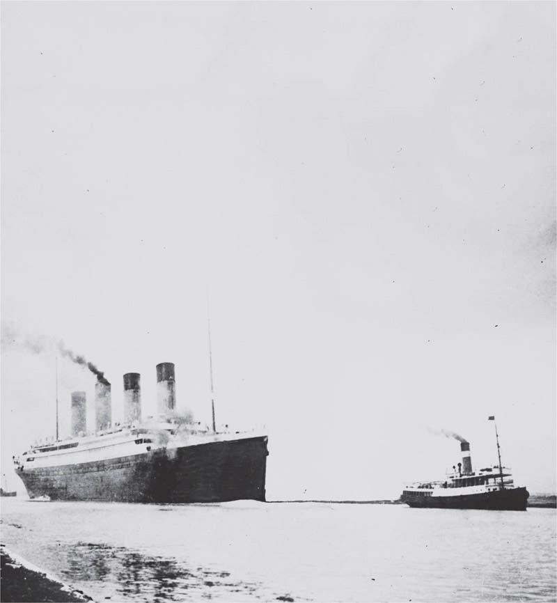 صورة تجسد سفينة التيتانيك أثناء إحدى عمليات الإبحار التجريبية