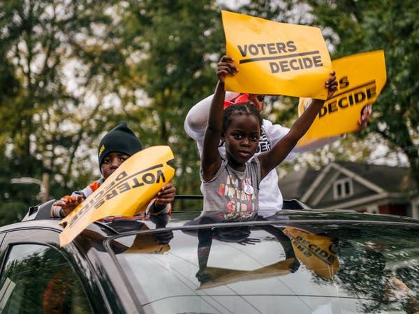 جورجيا: الفرز اليدوي لبطاقات الاقتراع أكد فوز بايدن في الولاية