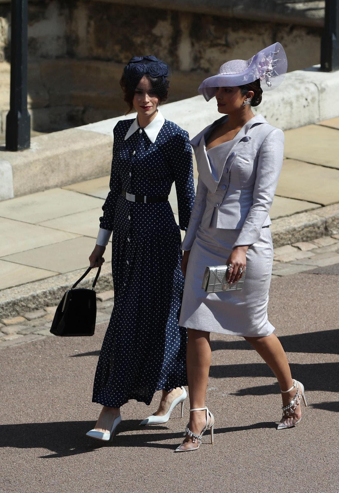 بريانكا بتايور من فيفيان ويستوود في العام 2018 خلال حفل زفاف الأمير هاري وميغان ماركل