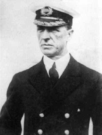 صورة للسيد ستانلي لورد قائد السفينة أس أس كاليفورنيا