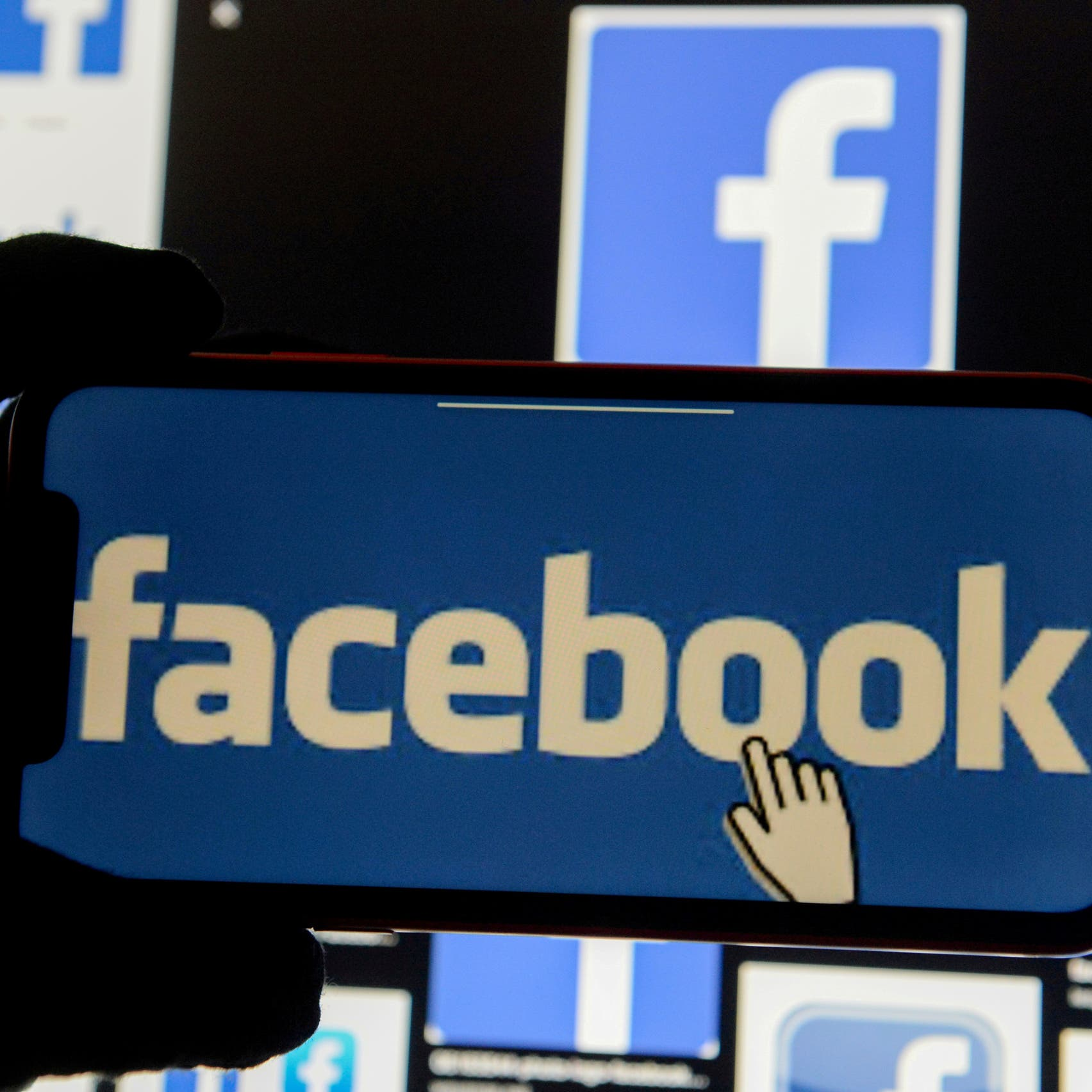 Facebook to label all posts about COVID-19 vaccines in bid to tackle misinformation
