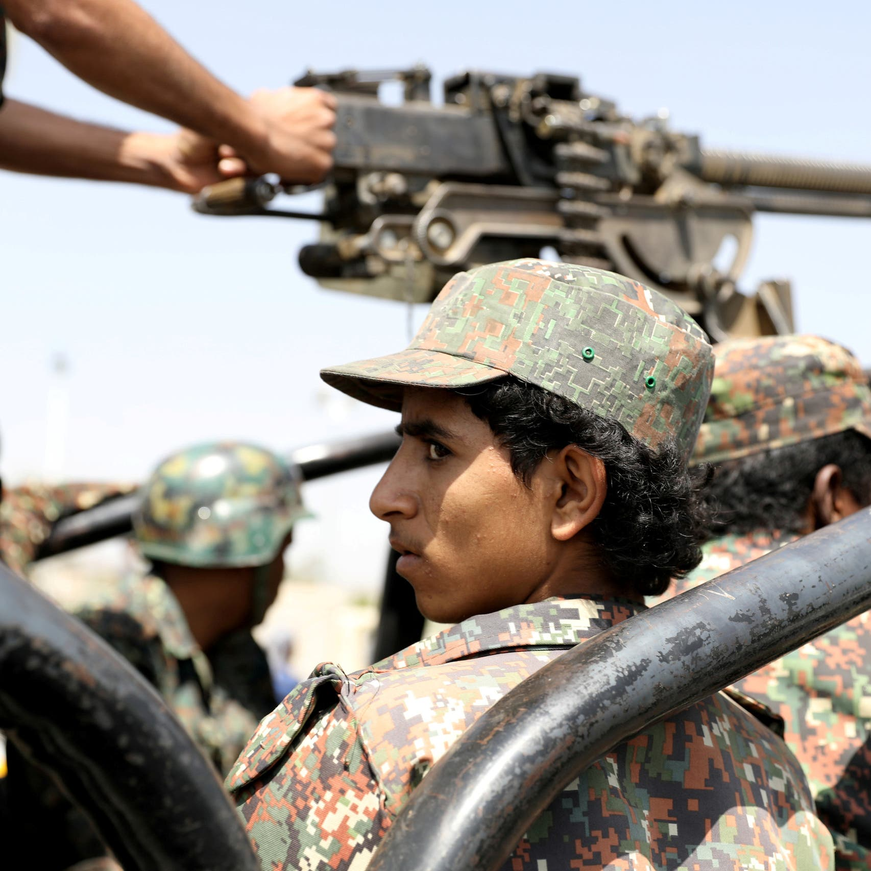 خبراء عسكريون من إيران وحزب الله يصلون إلى صنعاء