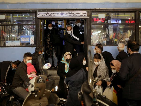 كورونا.. قيود مشددة في إيران لوقف انتشار الوباء