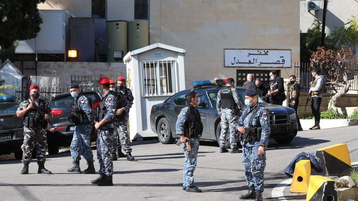 Members of the Lebanese police gather outside Baabda prison, Lebanon, November 21, 2020. REUTERS/Mohamed Azakir
