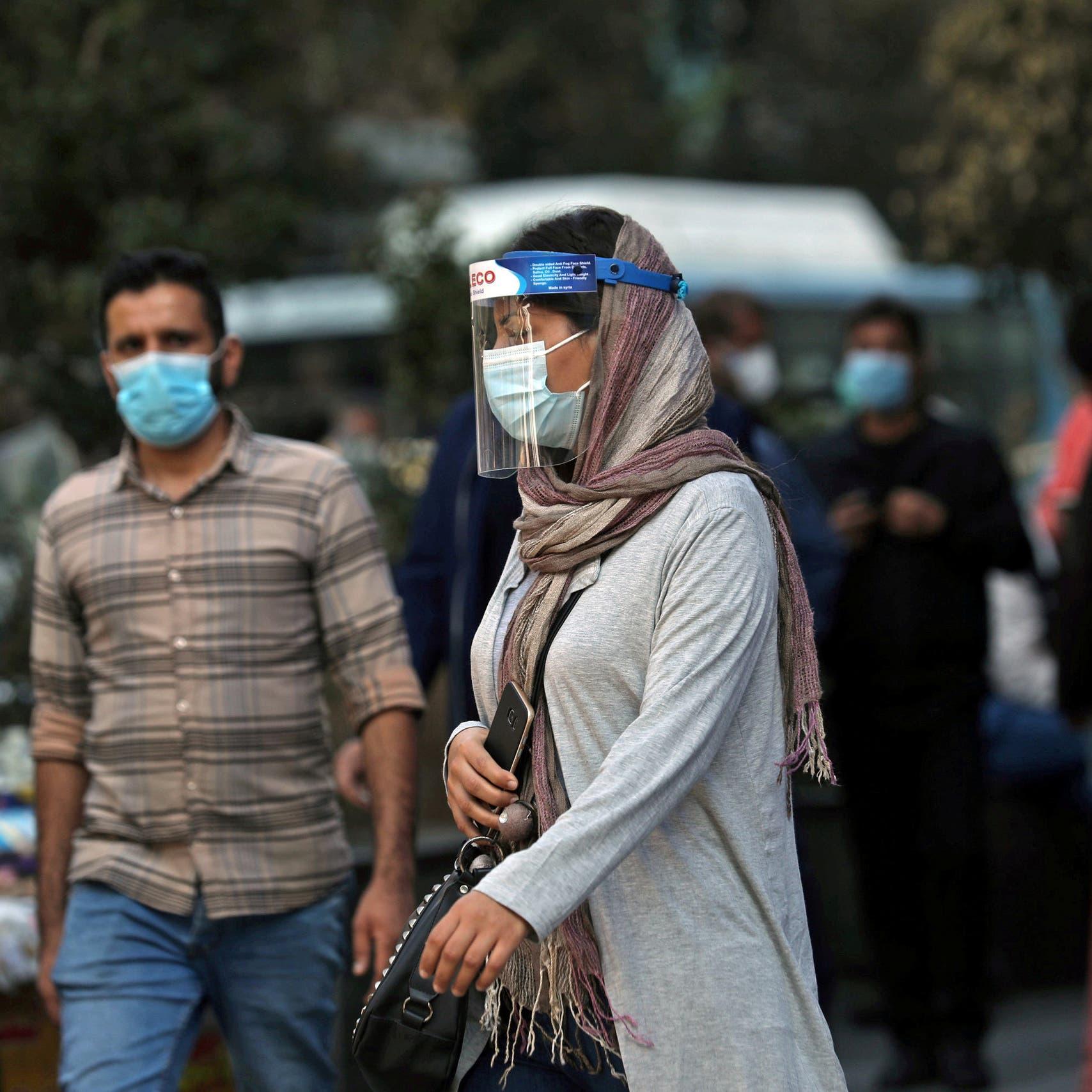 إيران تشدد القيود لكبح انتشار فيروس كورونا