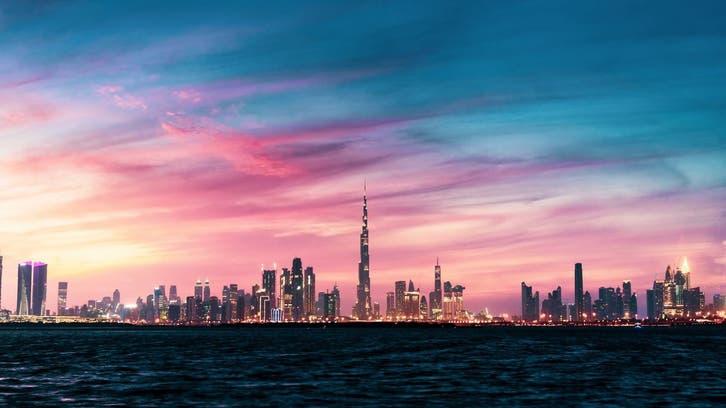 دبي تضع قيوداً جديدة على السفر لمواجهة كورونا