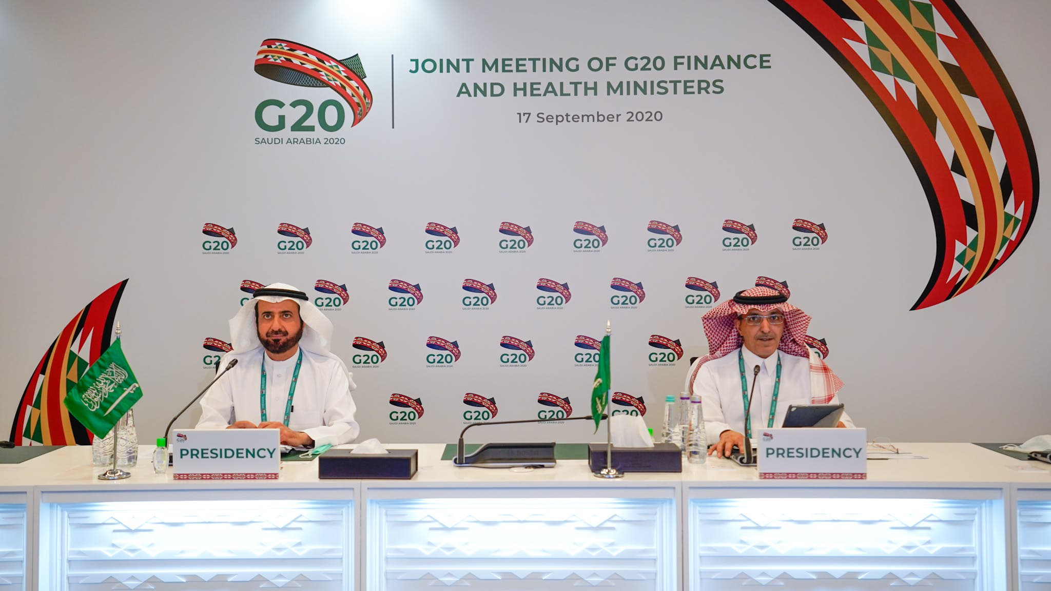 Saudi Arabia's finance and health ministers at the G20 Riyadh summit. (G20riyadhsummit.org)