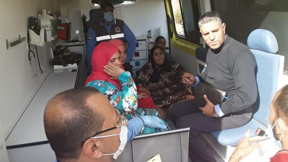 خلال نقل السيدة الى المستشفى