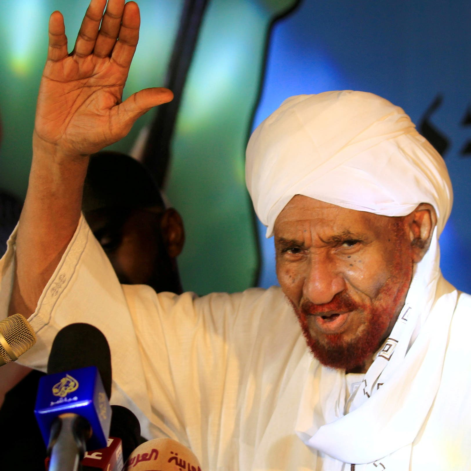 اسمه حفر عميقا.. معلومات عن آخر رئيس وزراء سوداني منتخب