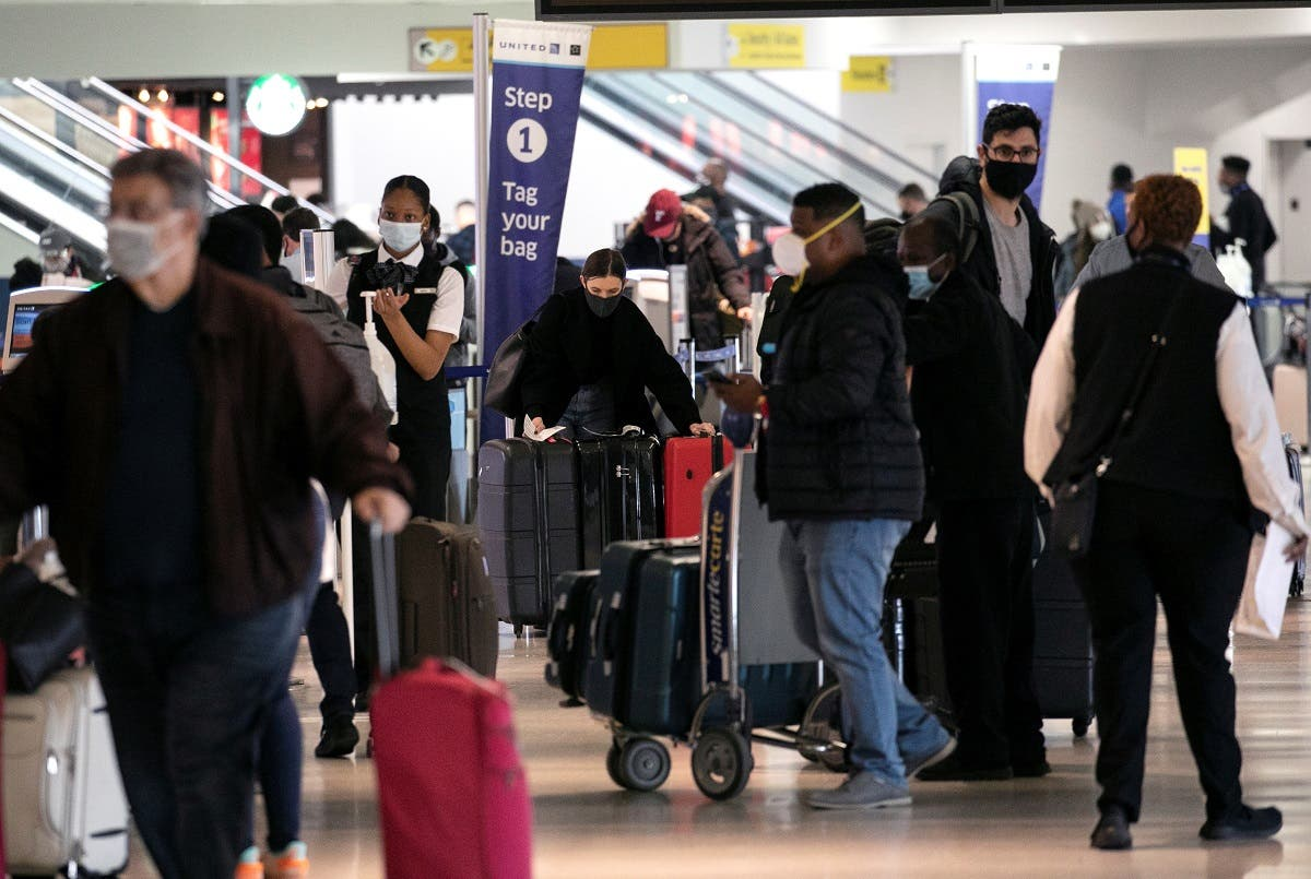 Travelers at Newark International Airport ahead of Thanksgiving holiday in Newark, New Jersey. (Reuters)