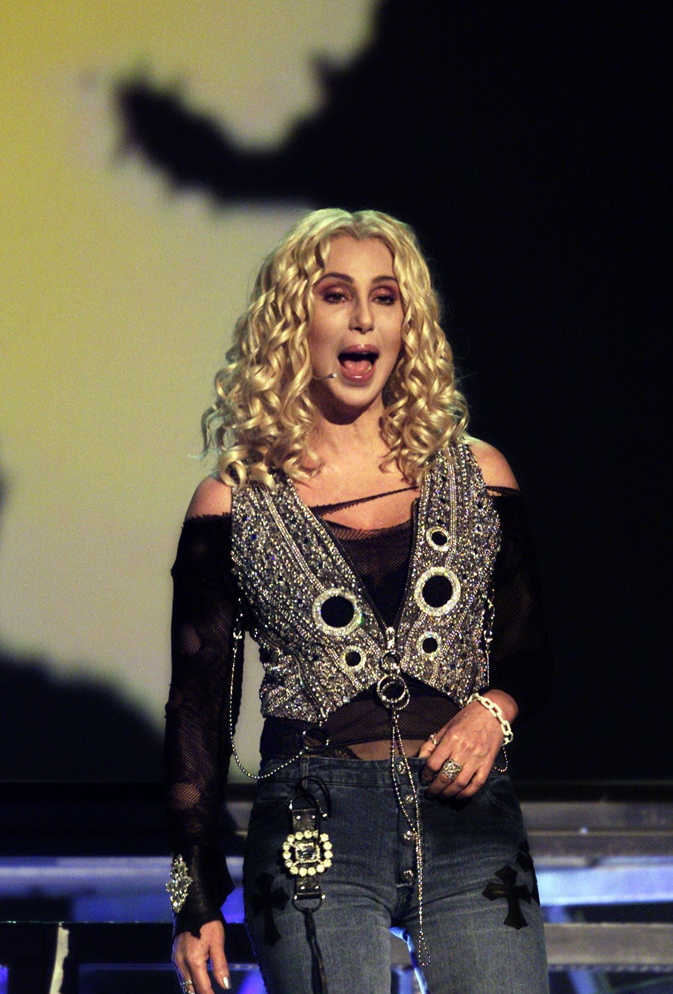 المغنية الأميركية شير