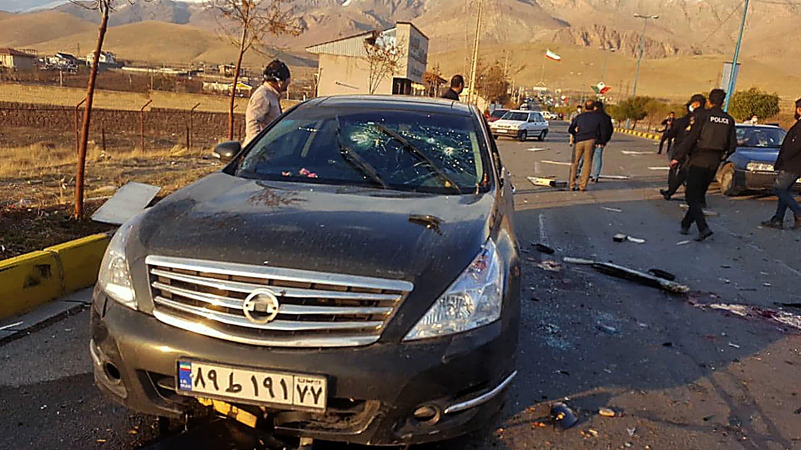 سيارة فخري زاده بعد الهجوم يوم 27 نوفمبر