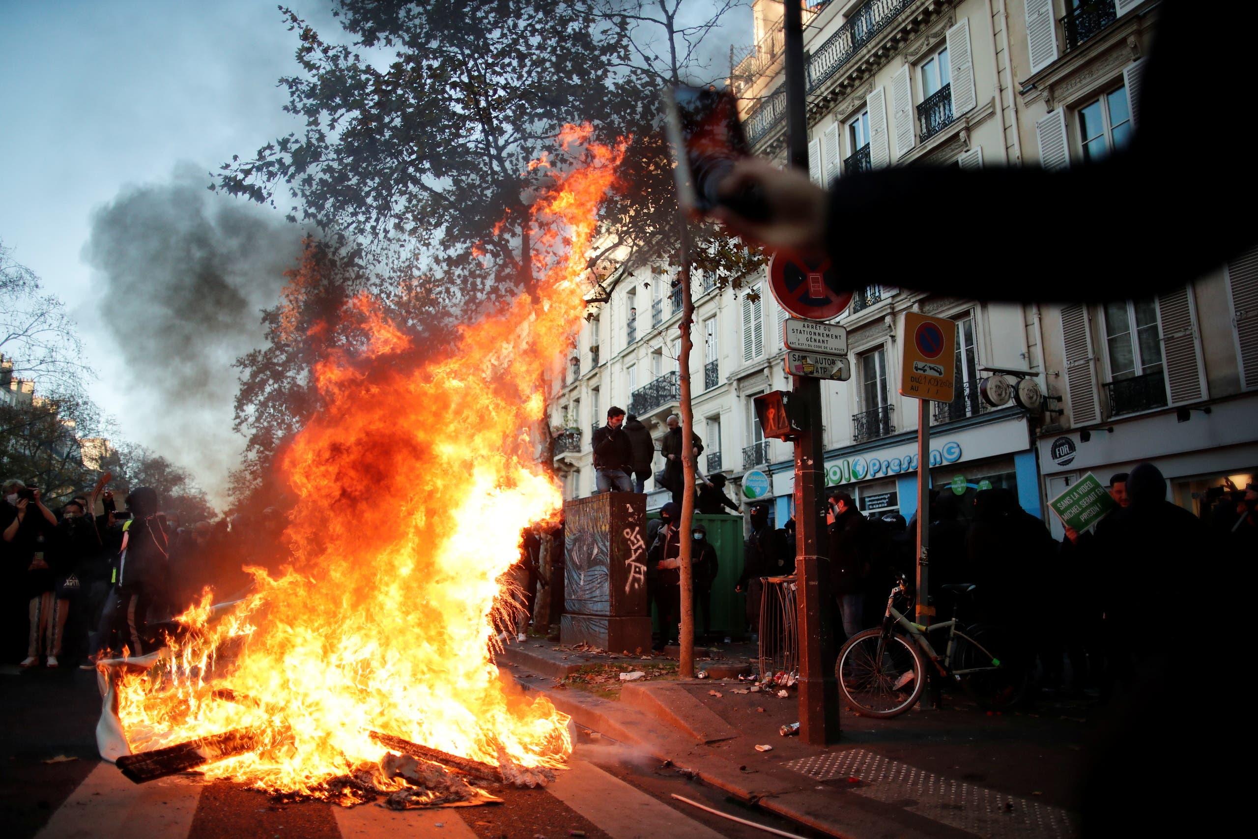 من باريس (رويترز)