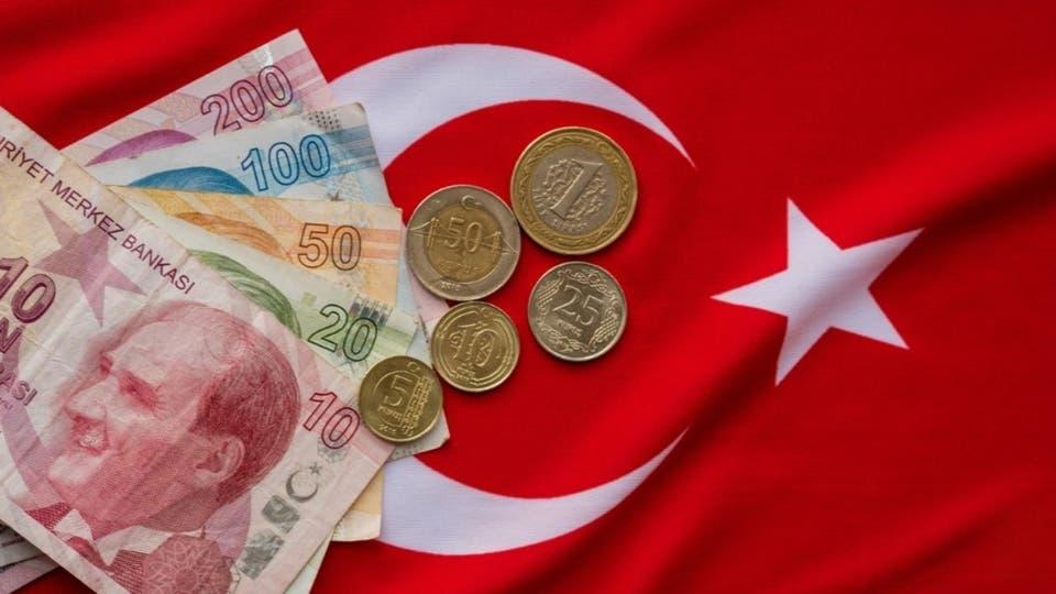الليرة التركية تبدأ العام الجديد بهبوط قياسي