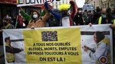 فرنسا.. جرح أكثر من 60 شرطيا بتظاهرات ضد قانون الأمن