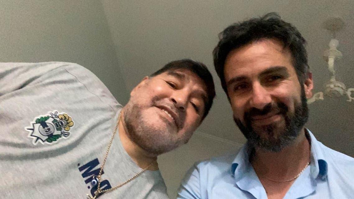 مارادونا وطبيبه الشخصي