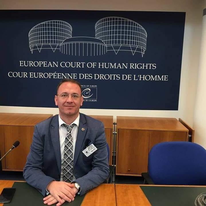 المحامي التركي دوغان أركان