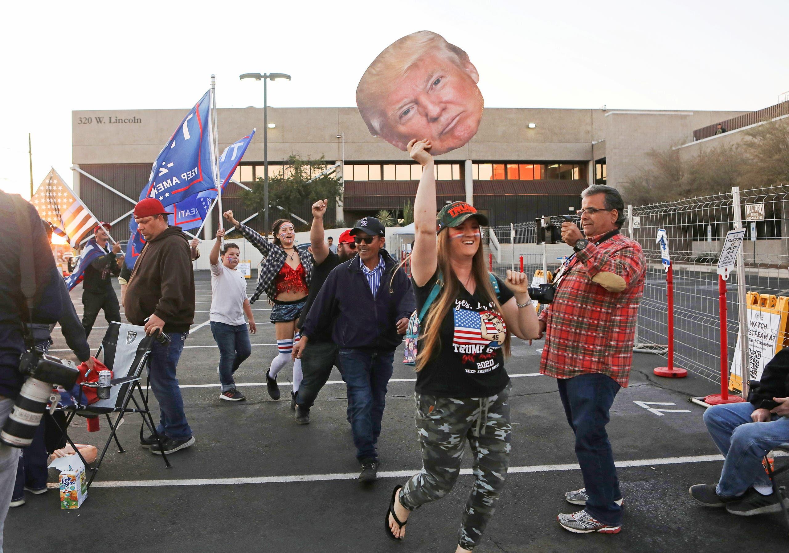 مناصرون لترمب في أريزونا يعترضون على نتائج الانتخابات