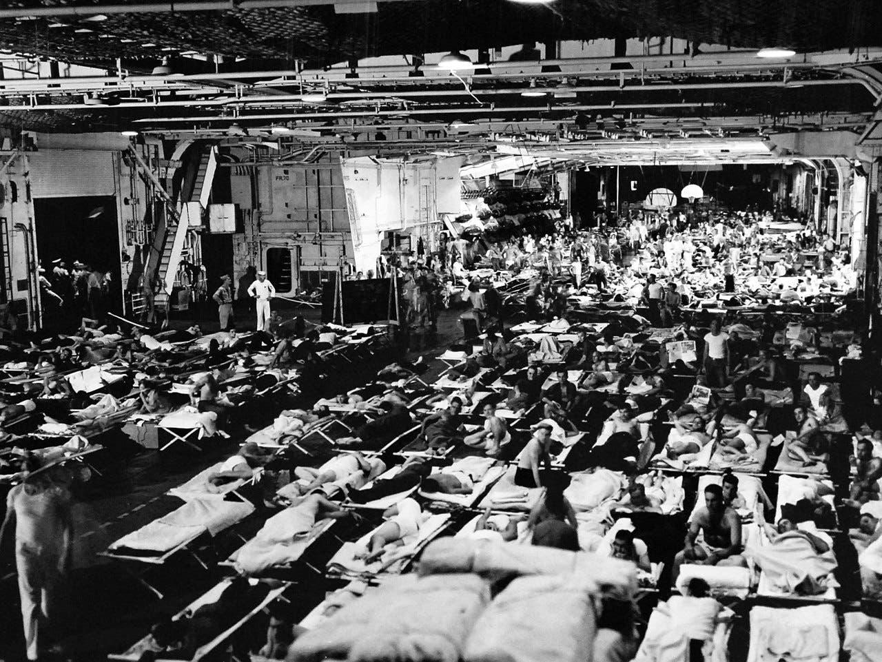 صورة تجسد الحالة المزرية للجنود الأميركيين أثناء عودتهم نحو الوطن
