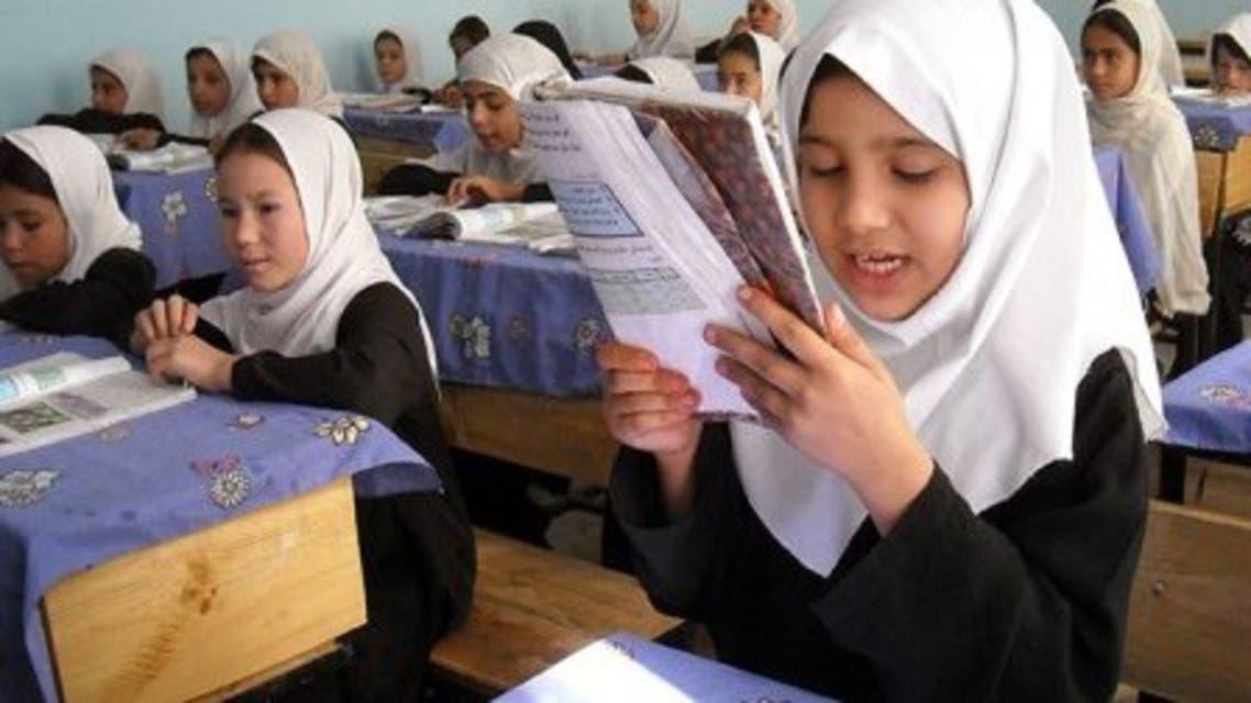 افغانستان؛ صنوف اول تا سوم مکتب به مساجد منتقل میشود