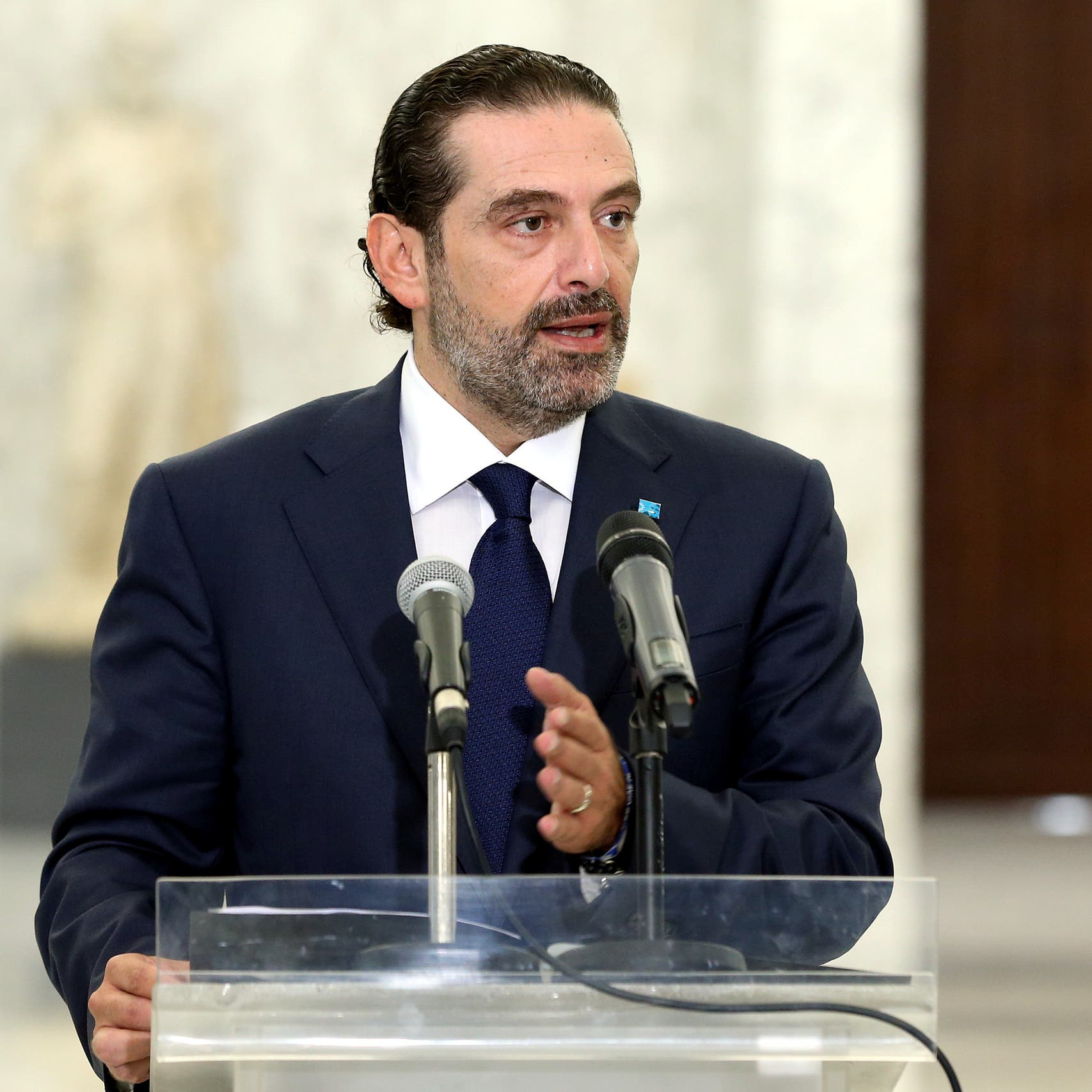 أتبصر حكومة لبنان النور؟ الحريري يعد قائمة بـ18 وزيراً
