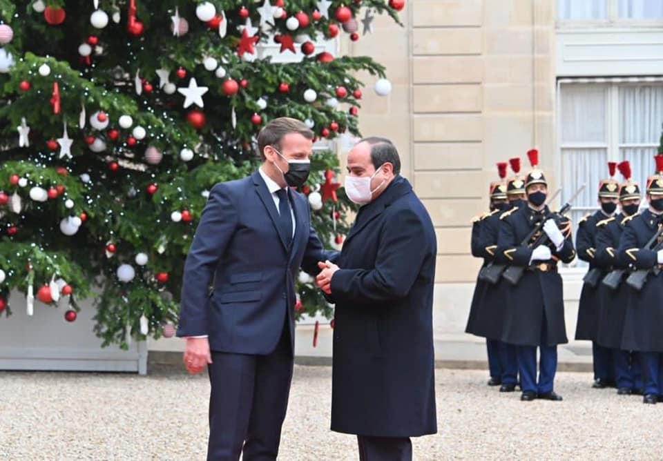 الرئيسان المصري السيسي والفرنسي ماكرون